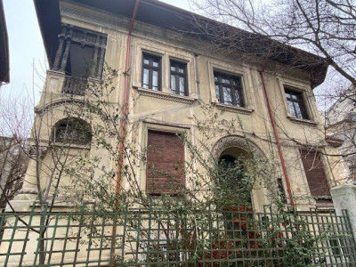 Inchiriere apartament 3 camere Dacia