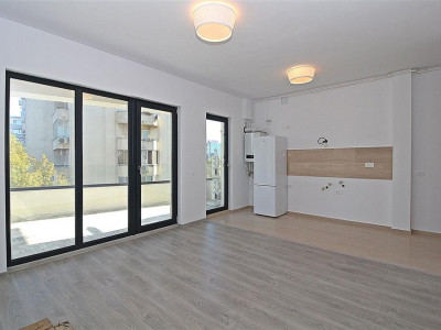 Apartament 3 camere 81 mp Bulevardul Unirii