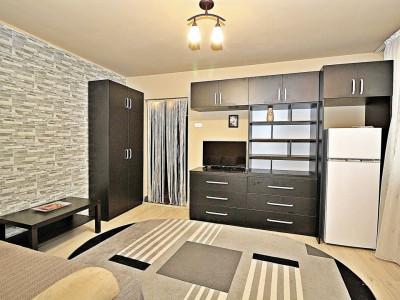 Apartament 2 camere, renovat recent Metrou Grivitei