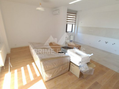 Vanzare 3 camere decomandat, nou in Complex Perla Residence