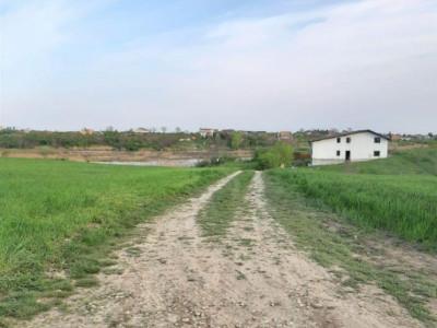 Teren de vanzare in zona de Nord - Balotesti
