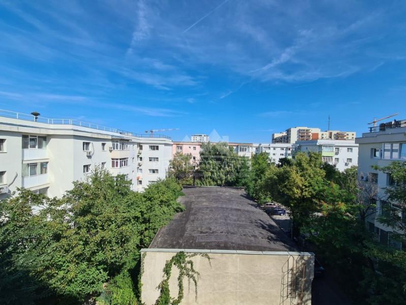 Apartament 2 camere spatios zona Aviatiei-Metrou Aurel Vlaicu-Promenada