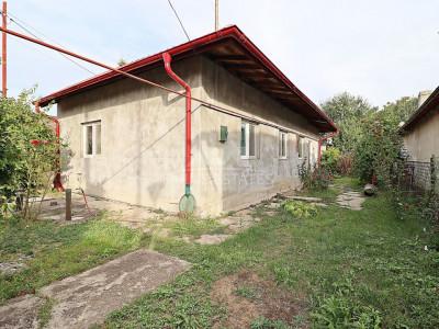 Casa de vanzare cu teren 500 mp Voluntari Ecaterina Teodoroiu