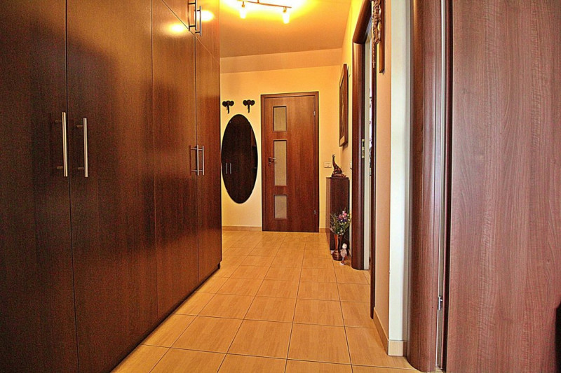 Apartament 3 camere decomandat cu loc de parcare Voluntari Catedrala